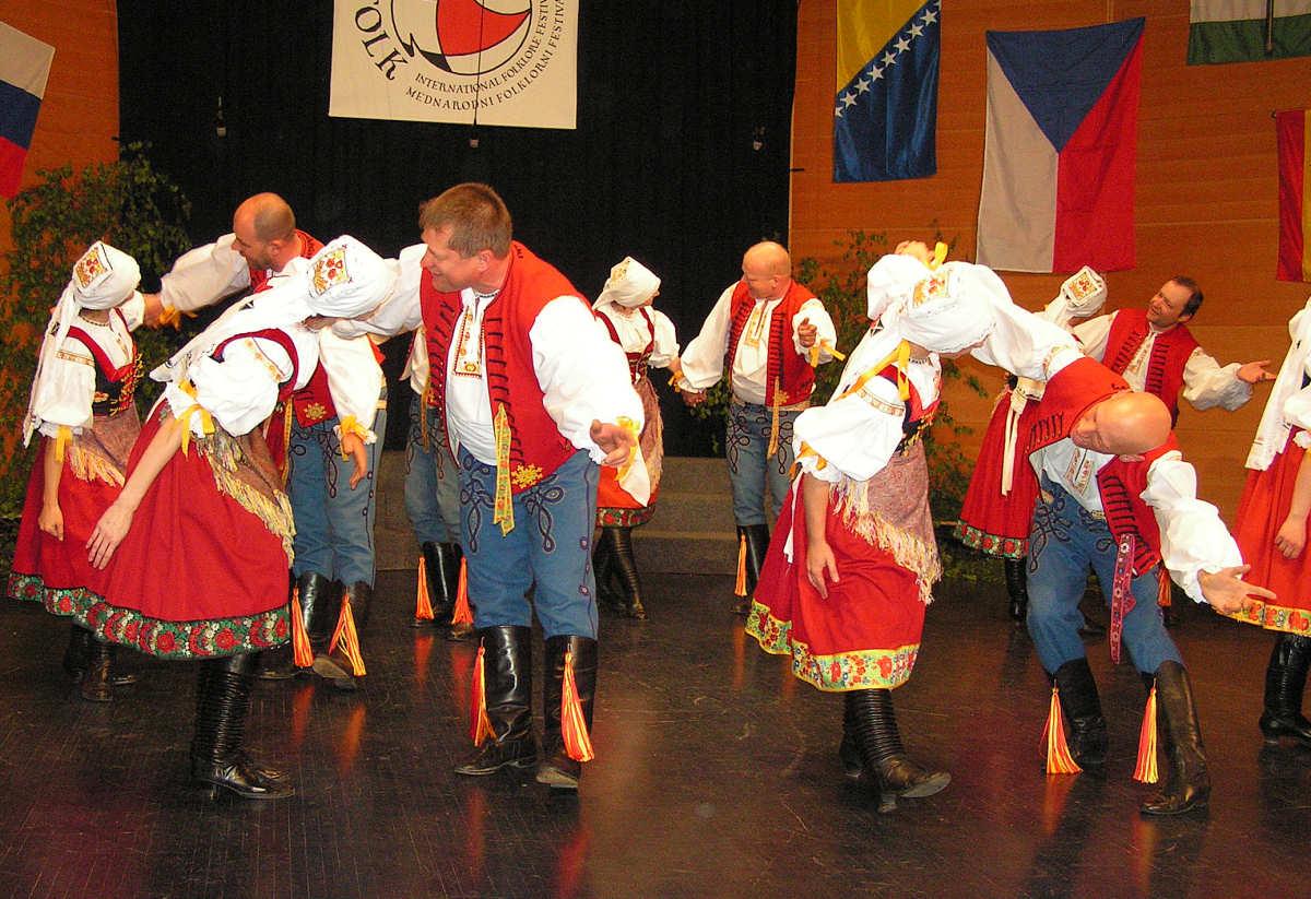 Folklorni soubor Svetlovan iz Češke
